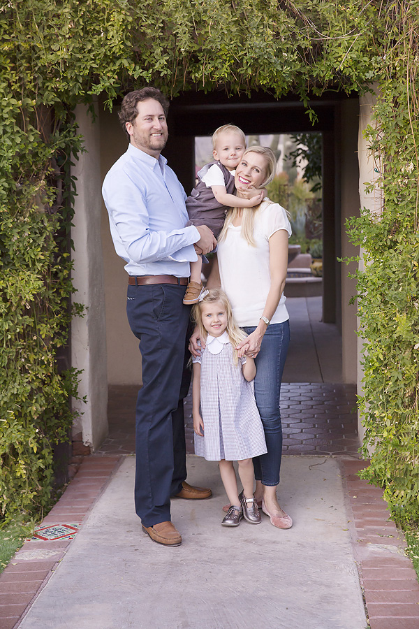 oro valley family pictures in desert