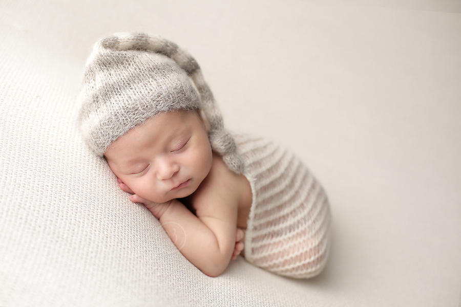 tucson baby newborn poses for pictures