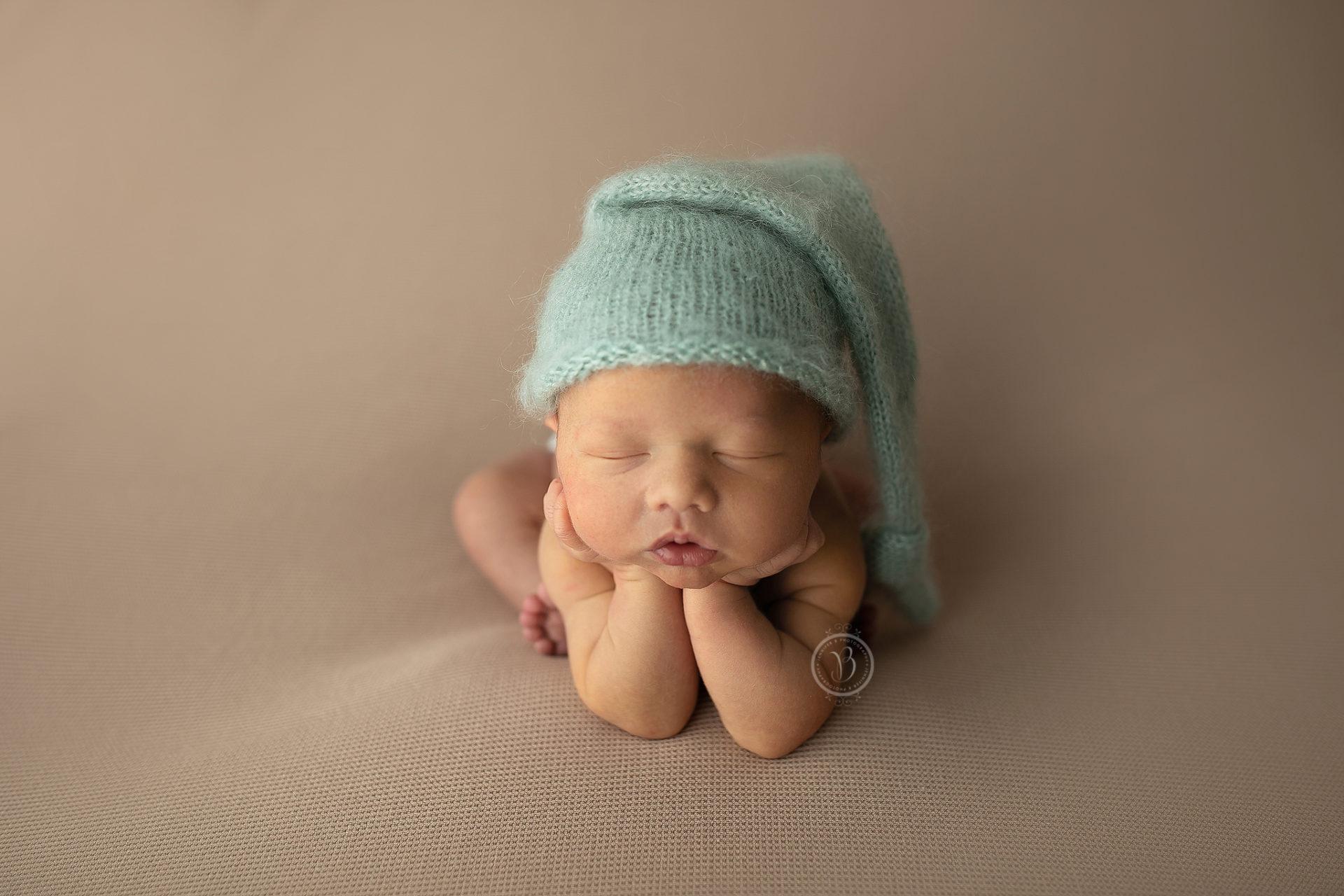 Adorable newborn photos tucson