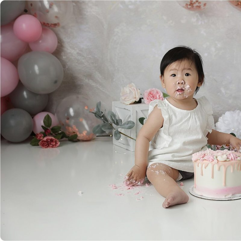 One Year Birthday Cake Smash Photo Shoot | Tucson Arizona Photographer