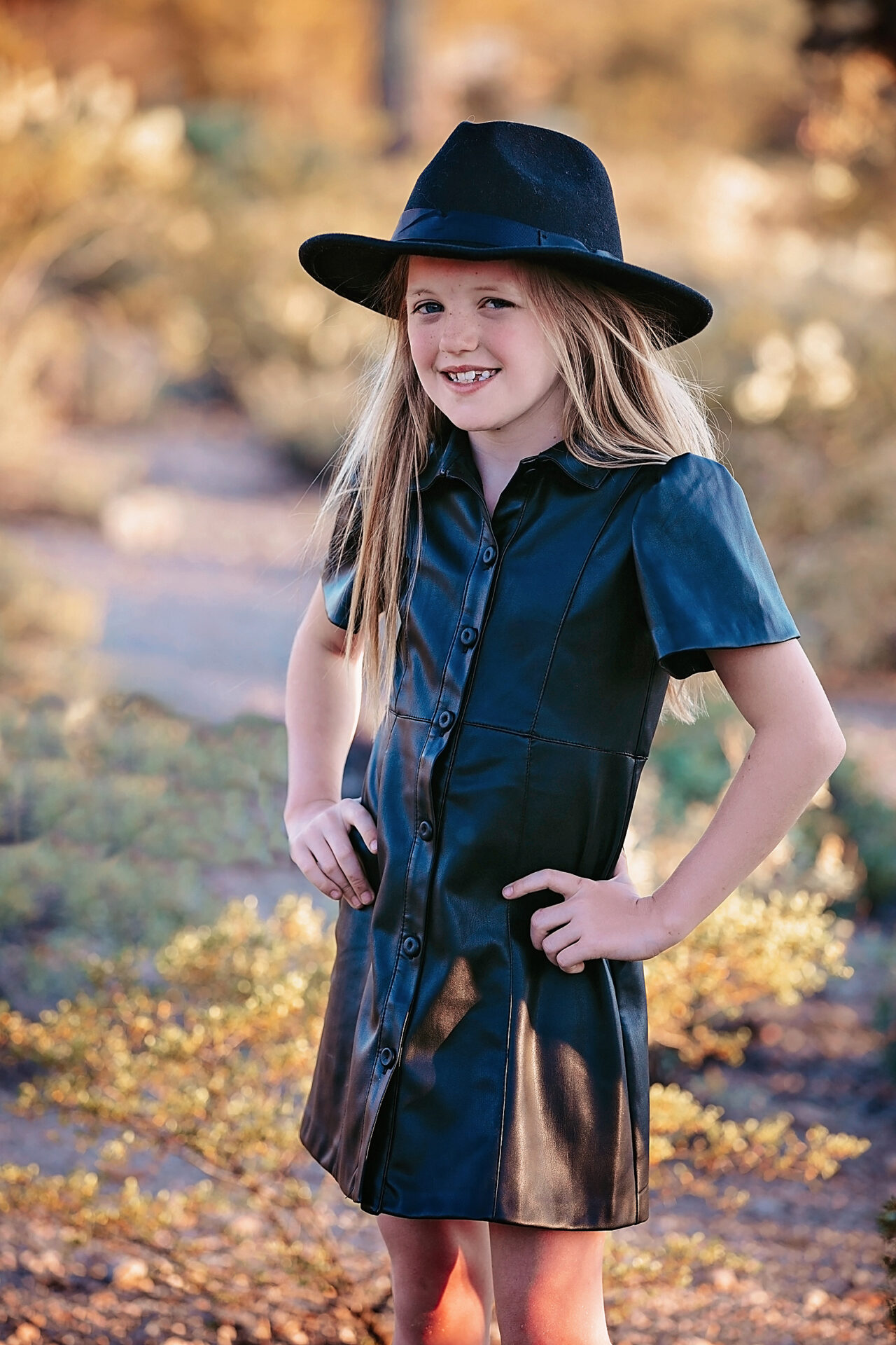 Oro Valley family poses for pictures