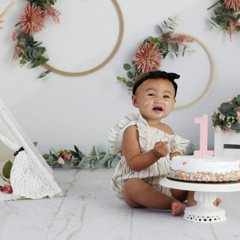 One Year Baby Birthday | Cake Smash Pictures | Tucson, Arizona