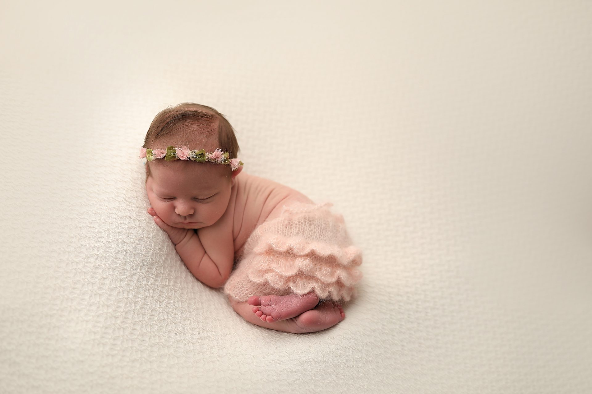 Oro Valley Baby Poses for photos