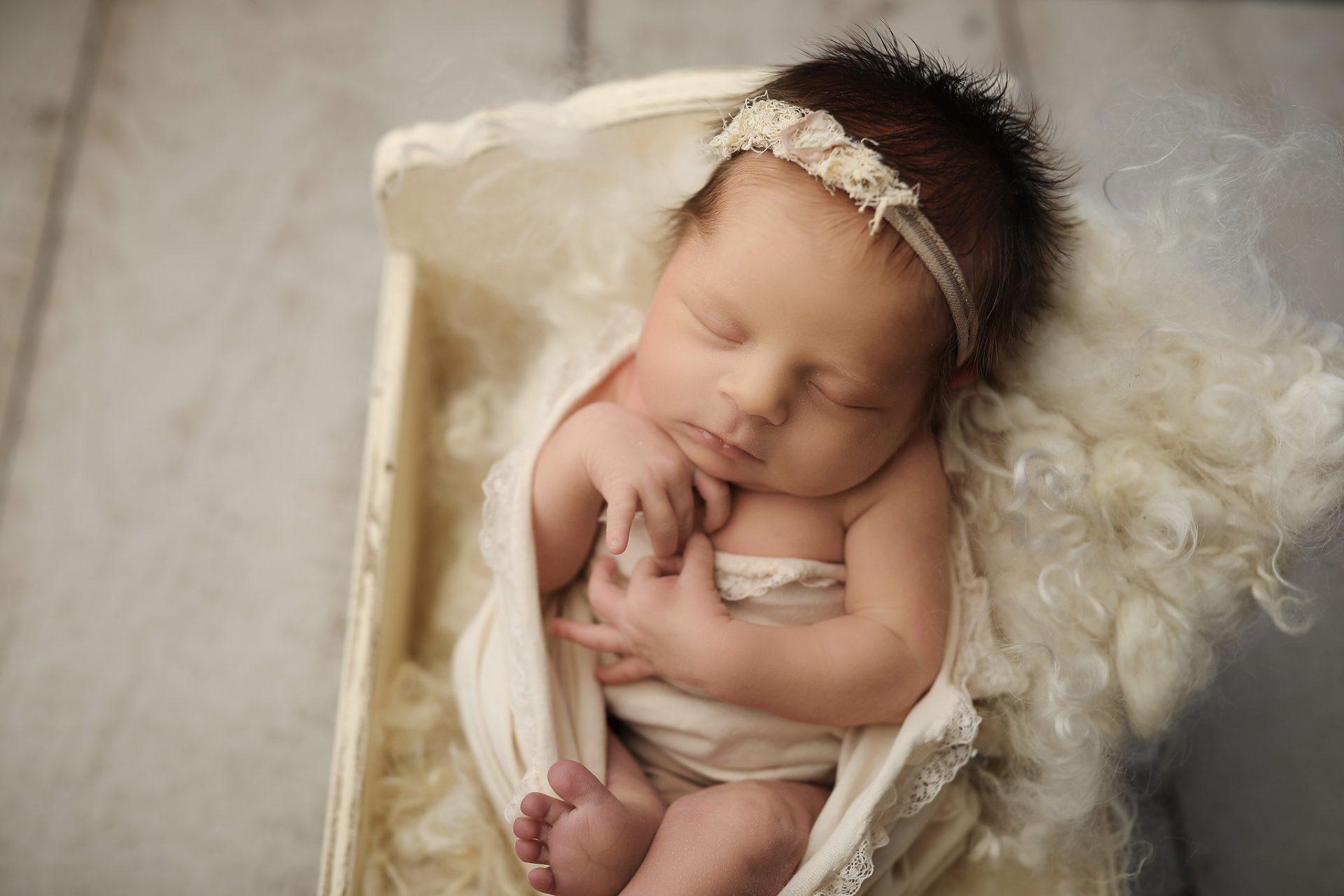 Oro Valley Newborn Photographer near me